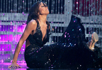 Miss USA 2007, Rachel Smith falls during the 2007 Miss Universe pageant in Mexico