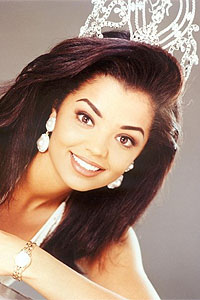 Chelsi Smith-Miss Universe 1995