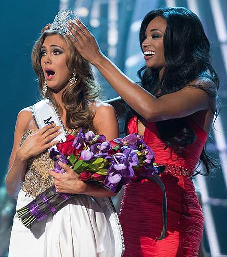 Erin Brady of Connecticut is crowned Miss USA 2013 by Nana Meriwether, Miss USA 2012